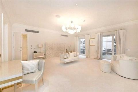 5 bedroom apartment to rent - Upper Grosvenor Street, Mayfair, London, W1K