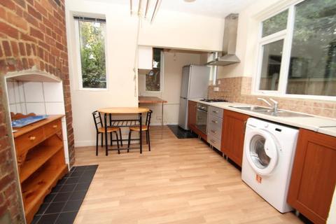 2 bedroom apartment to rent - GARMONT ROAD, CHAPEL ALLERTON, LS7 3LY
