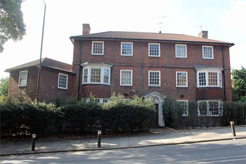 3 bedroom flat for sale - Holly Bank, Muswell Hill, London