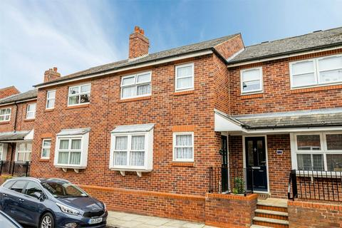 2 bedroom terraced house for sale - River Street, Clementhorpe, YORK