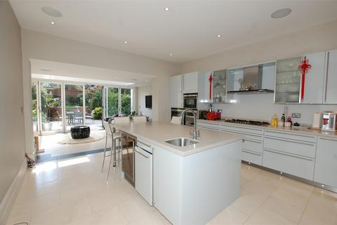 4 bedroom townhouse to rent - Brunswick Terrace, The Knoll, Beckenham, Kent