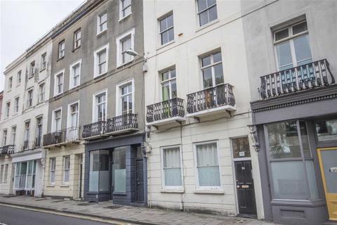 3 bedroom flat to rent - Bristol Road, Brighton
