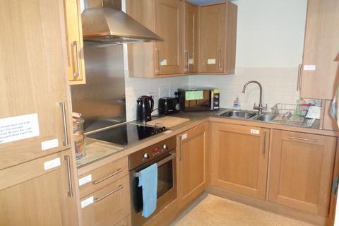 2 bedroom apartment to rent - Oakhurst Gardens, Prestwich