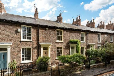 4 Bedroom Terraced House For Sale   Dewsbury Terrace, York