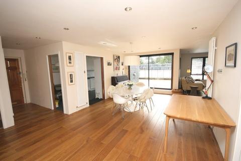 4 bedroom flat to rent - Rocheid Park, Edinburgh