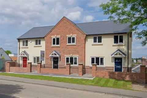 3 bedroom townhouse for sale - Fron Park Road, Holywell