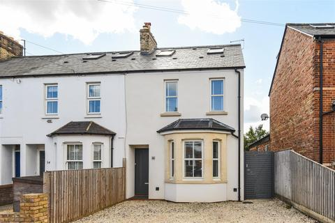 4 bedroom end of terrace house for sale - Harpes Road, North Oxford