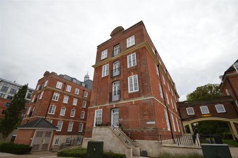 2 bedroom flat for sale - Thomas Wyatt Close, Norwich