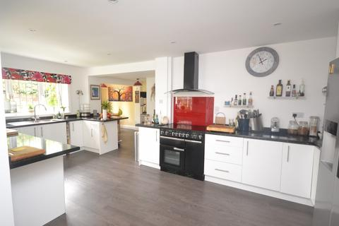 4 bedroom detached house for sale - Mansfields, Writtle, Chelmsford, Essex, CM1