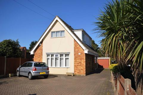 3 bedroom detached house for sale - Middletons Lane, Norwich