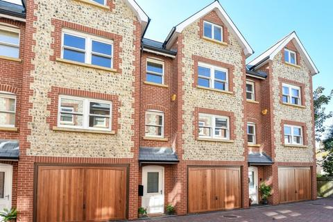 3 bedroom townhouse for sale - High Street, Rottingdean, East Sussex, BN2