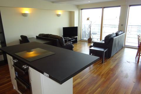 2 bedroom flat to rent - Whitehall Waterfront, 2 Riverside Way, Leeds LS1