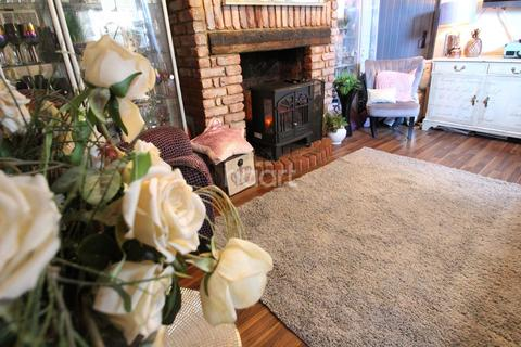 4 bedroom semi-detached house for sale - Margate Road, Ramsgate, CT11