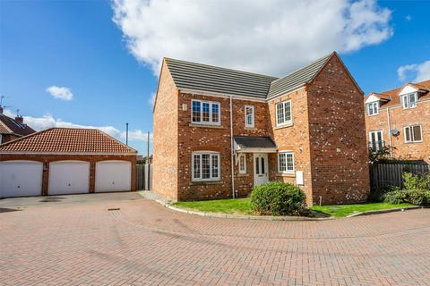 4 bedroom detached house for sale - Mallard Close, Osbaldwick, York