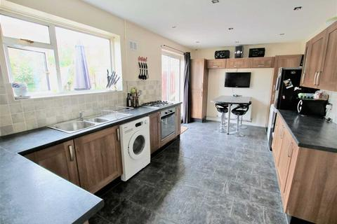 3 bedroom semi-detached house for sale - Keyes Close, Poole