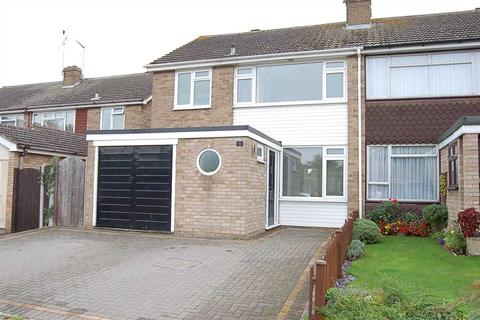 3 bedroom semi-detached house for sale - Pawle Close, Chelmsford