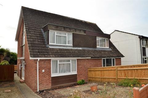2 bedroom semi-detached house to rent - Montrose Walk, Calcot, Reading, Berkshire, RG31