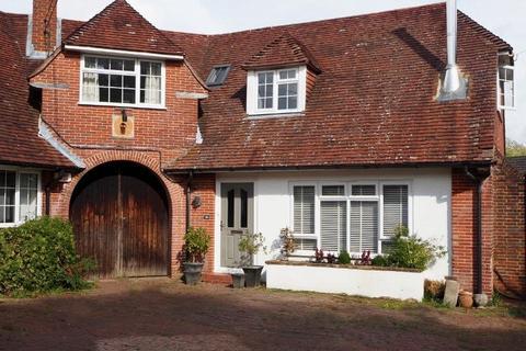 5 bedroom house for sale - Mytten Close, Cuckfield
