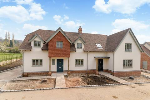 3 bedroom semi-detached house for sale - Hambledon Village. STUNNING BRAND NEW HOME!