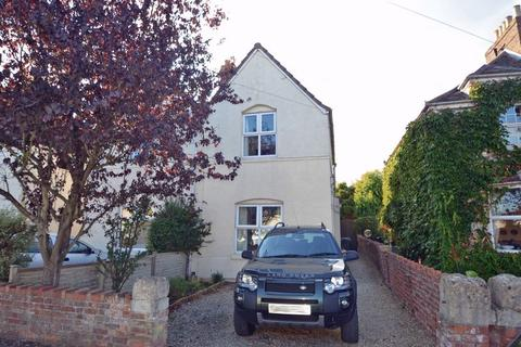 2 bedroom semi-detached house to rent - A level position between Clevedon Town Centre and Sea Front