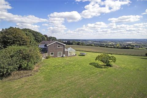 5 bedroom property with land for sale - Swanton Road, West Peckham, Maidstone, Kent, ME18