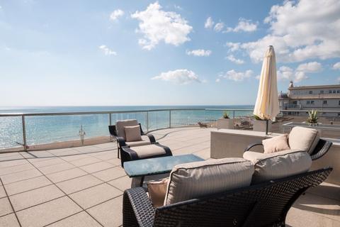 3 bedroom apartment for sale - The Esplanade, Sea Front, Bognor Regis