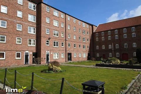 1 bedroom flat to rent - Phoenix House, High Street, Hull, HU1 1NR