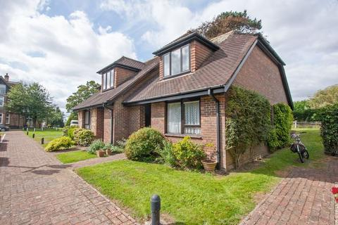 2 bedroom house for sale - Springhills, Henfield