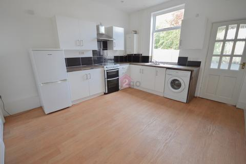 3 bedroom terraced house to rent - Bridby Street, Sheffield, S13