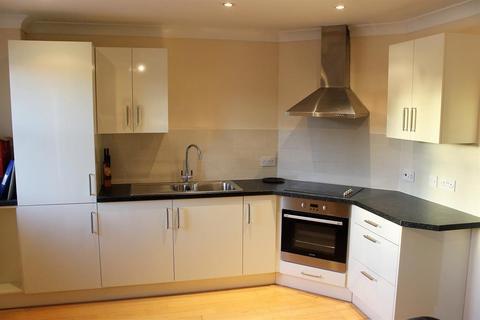 2 bedroom flat to rent - Turlow Court, Leeds, West Yorkshire, LS9 8PA