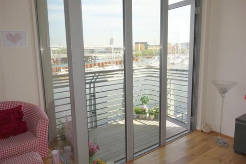 2 bedroom apartment for sale - Ty Gwalia, Penarth Marina