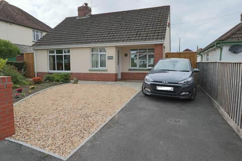 2 bedroom detached bungalow for sale - Newport, Barnstaple