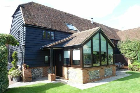 3 bedroom barn conversion for sale - Old Barn Close, Emmer Green, Reading