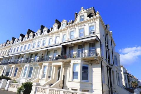 2 bedroom flat for sale - Kingsway, Hove
