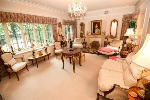 5 bedroom detached house for sale - Adlington Road, Wilmslow, SK9