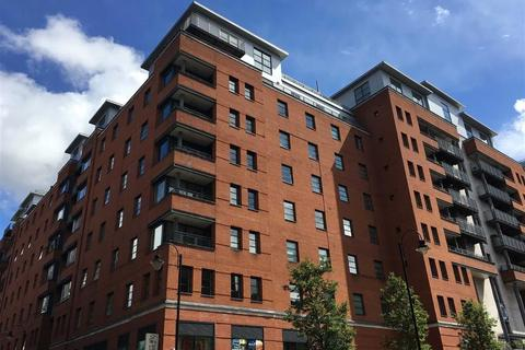 2 bedroom apartment to rent - The Quadrangle, Southern Gateway, Manchester, M1