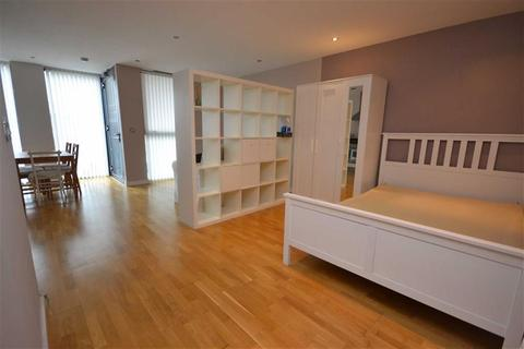 Studio for sale - Millennium Tower Block B, Salford Quays, Salford, M50