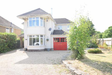 4 bedroom detached house for sale - Newport Road, Llantarnam, CWMBRAN, NP44