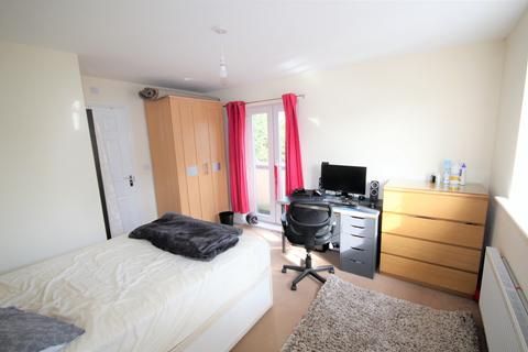 1 bedroom house share to rent - Double En-Suite Room, HOUSE-SHARE, Stag Road, Birmingham, West Midlands, B16