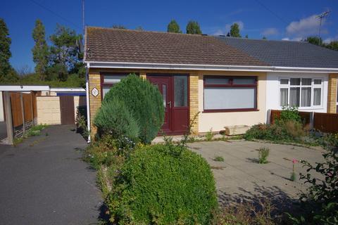 2 bedroom semi-detached bungalow for sale - Winchester Drive, Prestatyn