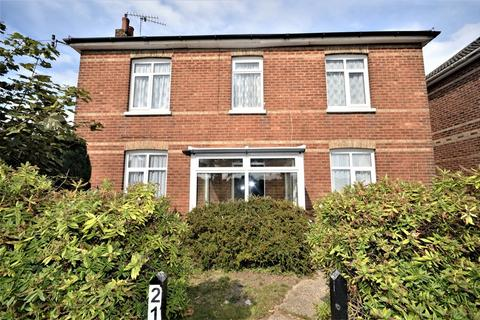 4 bedroom detached house for sale - Wallisdown Road, Bournemouth