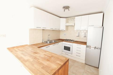 2 bedroom apartment to rent - Gannet House, Eastern Parade