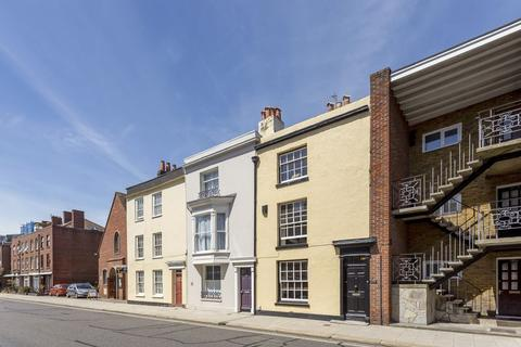 3 bedroom townhouse for sale - High Street, Old Portsmouth