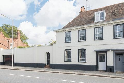 6 bedroom semi-detached house for sale - Canterbury