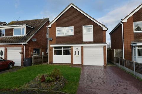4 bedroom detached house to rent - High Meadows, Newport