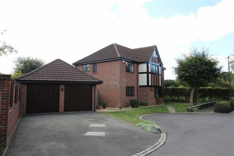 5 bedroom detached house for sale - Widdybank Close, Allestree, Derby