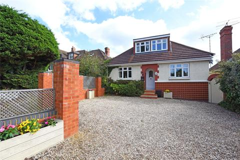 3 bedroom detached house for sale - Langley Hill, Calcot, Reading, Berkshire, RG31