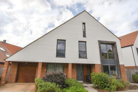 5 bedroom detached house for sale - Derwent Mews, Osbaldwick, York
