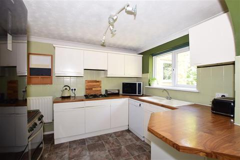 4 bedroom semi-detached house for sale - Hillary Avenue, Northfleet, Gravesend, Kent