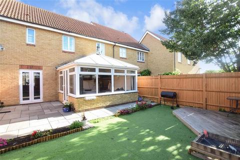 3 bedroom semi-detached house for sale - Wheler Court, Faversham, Kent